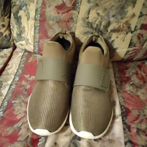 Robert Wayne Darrence Slip On Sneaker
